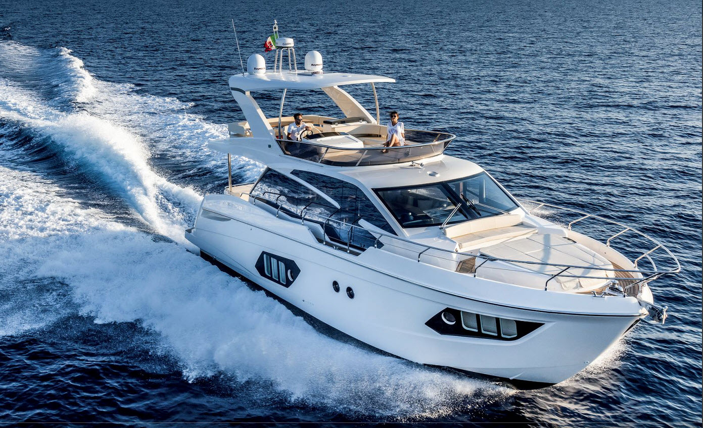 Absolute 50 Flybridge Yacht Running