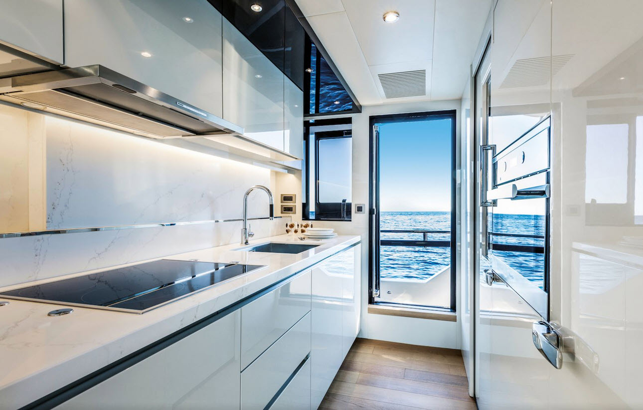 galley on the absolute navetta 73