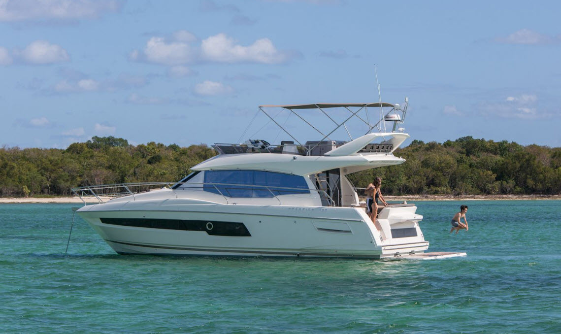 Prestige 460 Flybridge Yacht for sale
