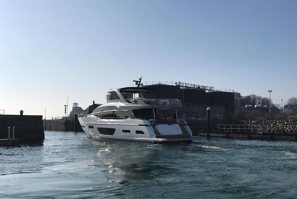 The Princess Yachts Y85 Flybridge Is On Its Way Staten Island Yachts