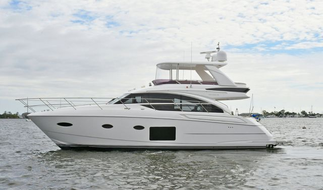 Princess 52 Flybridge Sold By SI Yachts