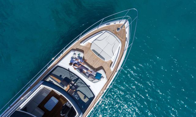 Buy A Yacht As A Gift For The Holidays? Better Start Now.