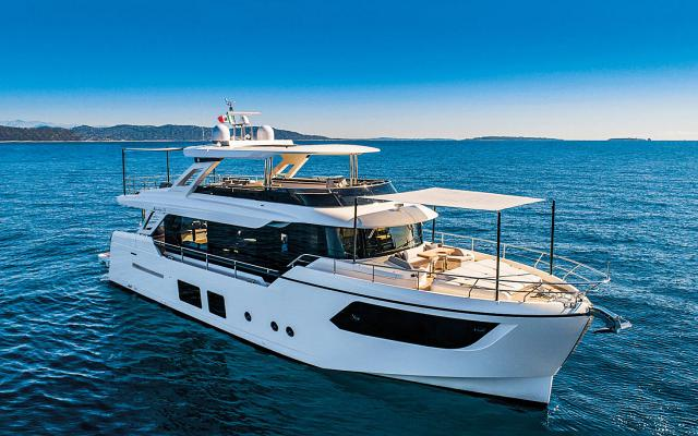 boats for sale between 70 and 75 feet