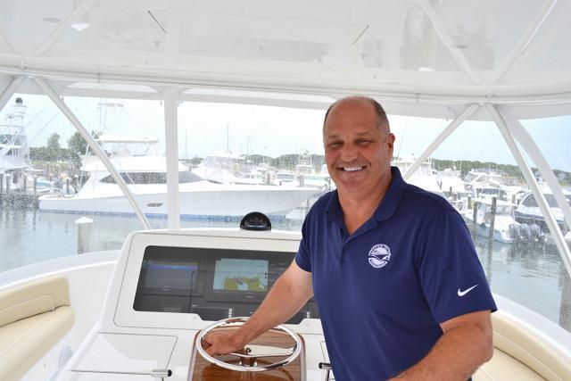 yacht_broker_rich_lucas