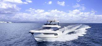 Flybridge Yachts 520