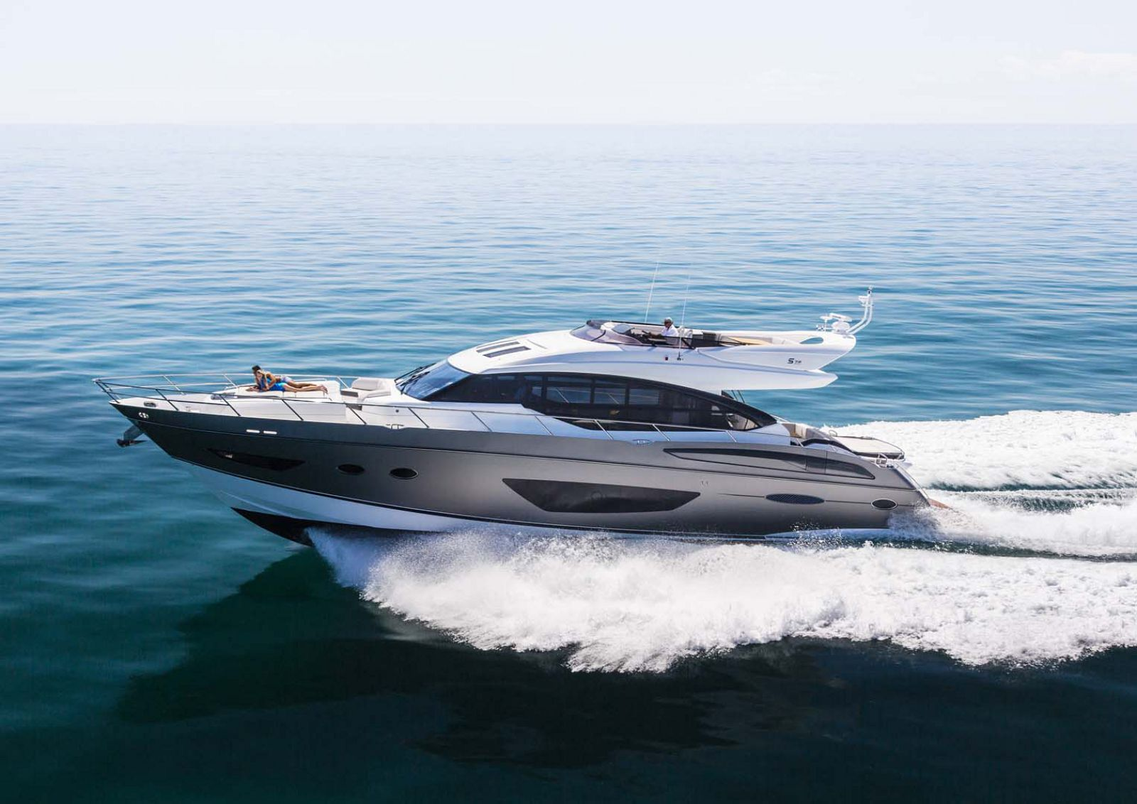 Princess Yachts S72