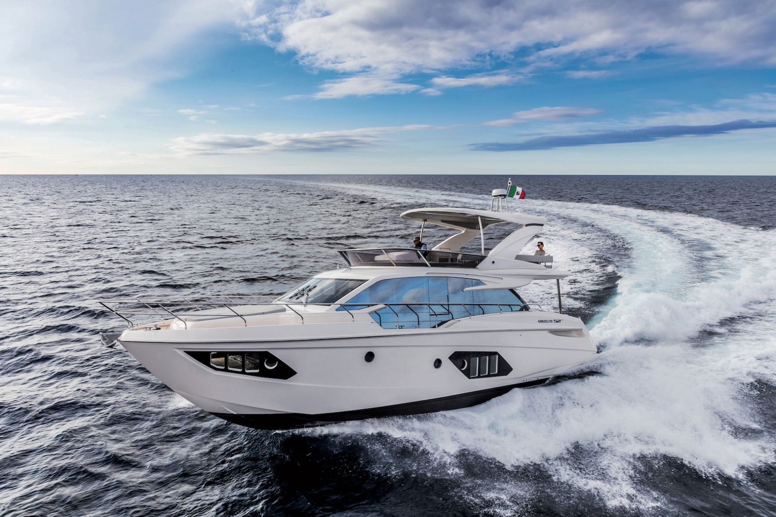 New Absolute Yachts 52 Flybridge | SI Yachts