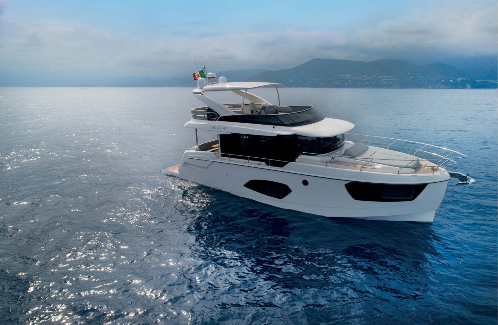 Absolute 48 Navetta Main
