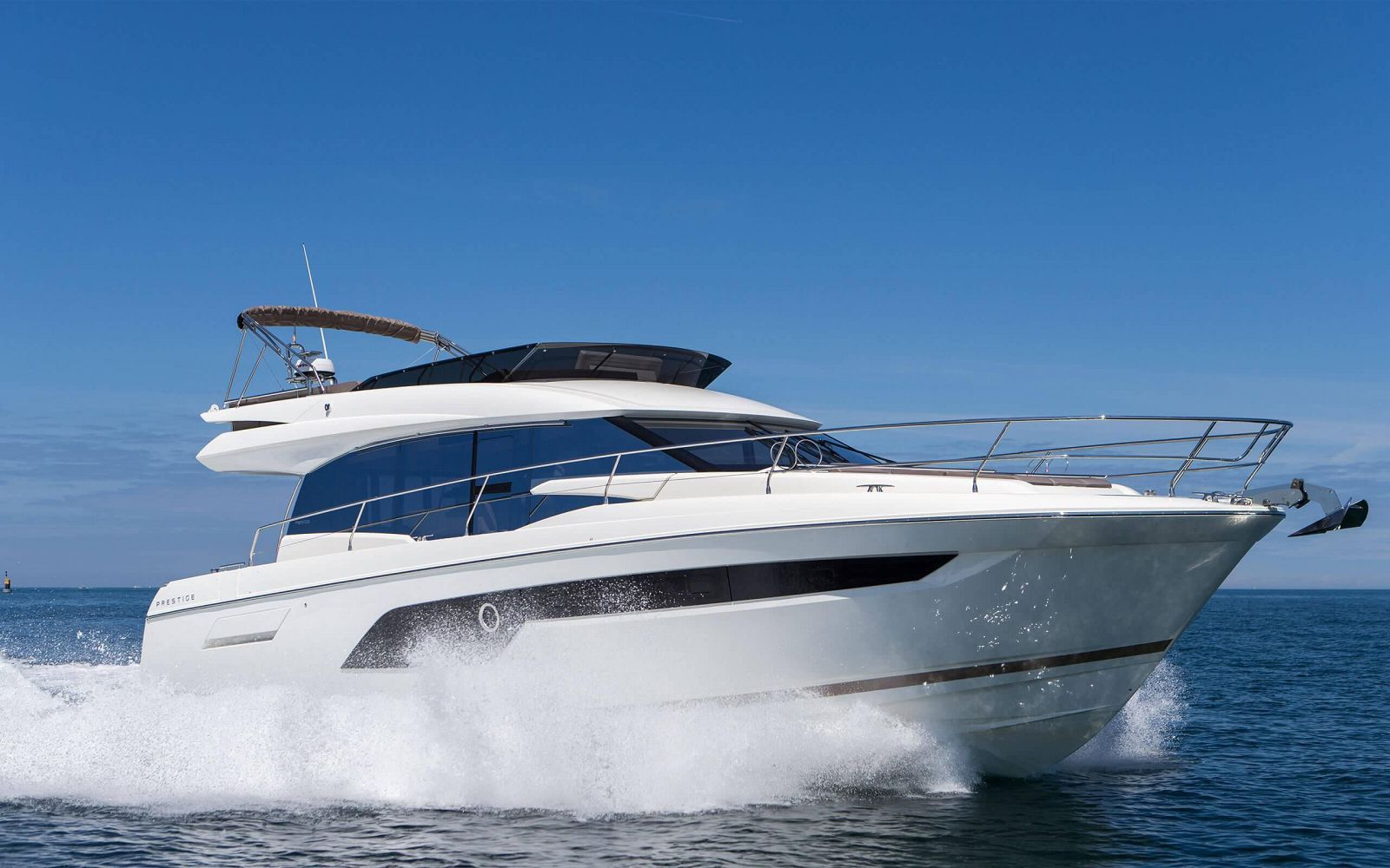 Used Prestige 520 Flybridge yacht for sale