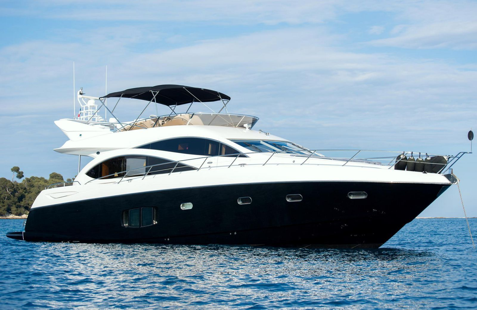 used Sunseeker 73 Manhattan yacht for sale