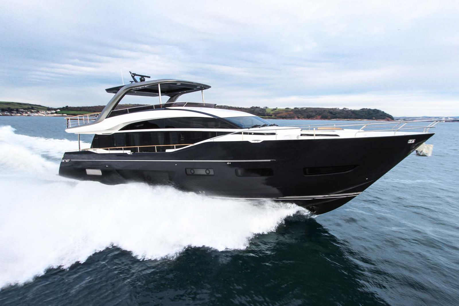 Princess Y85 Yacht for sale