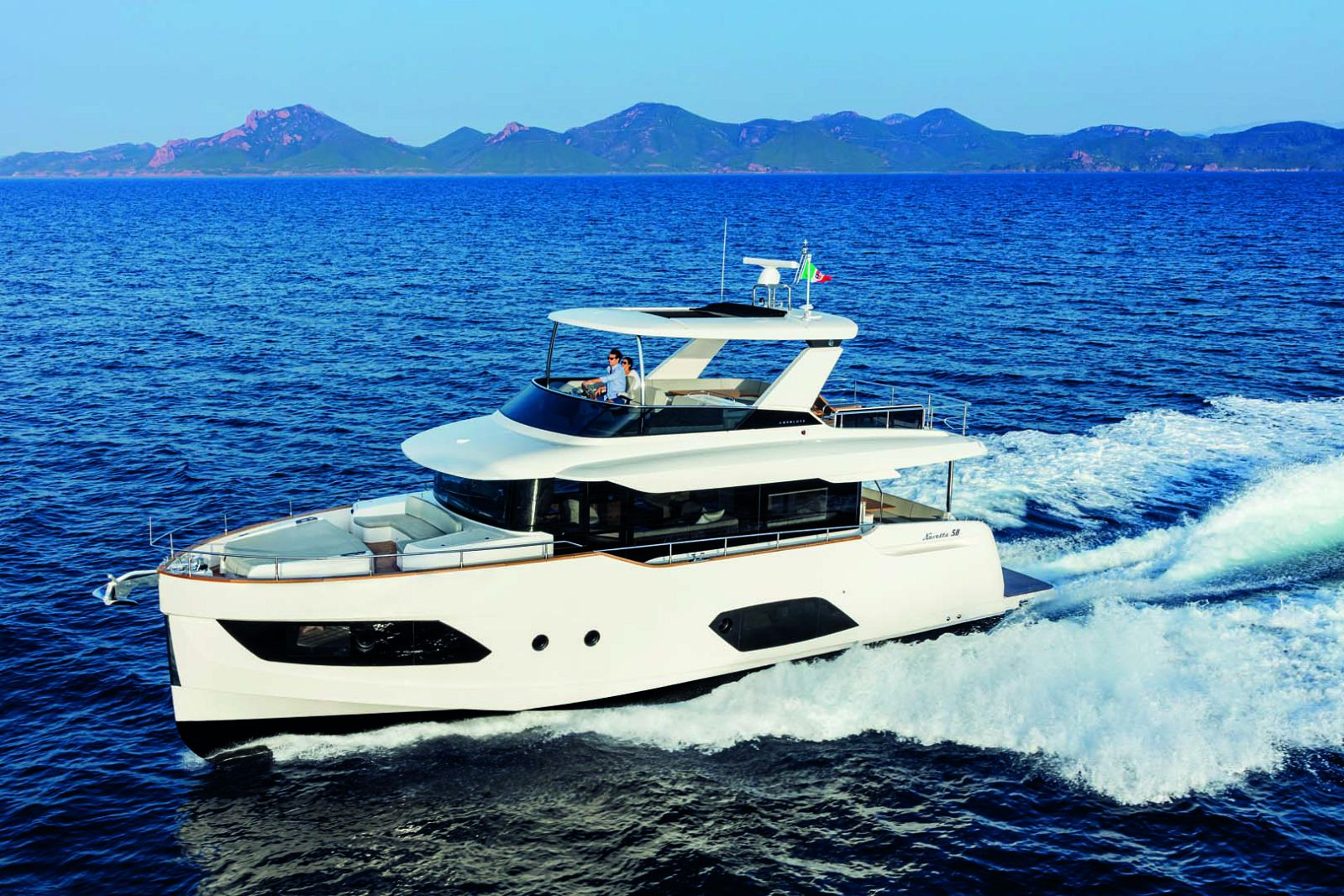 Absolute Navetta 58 yacht profile