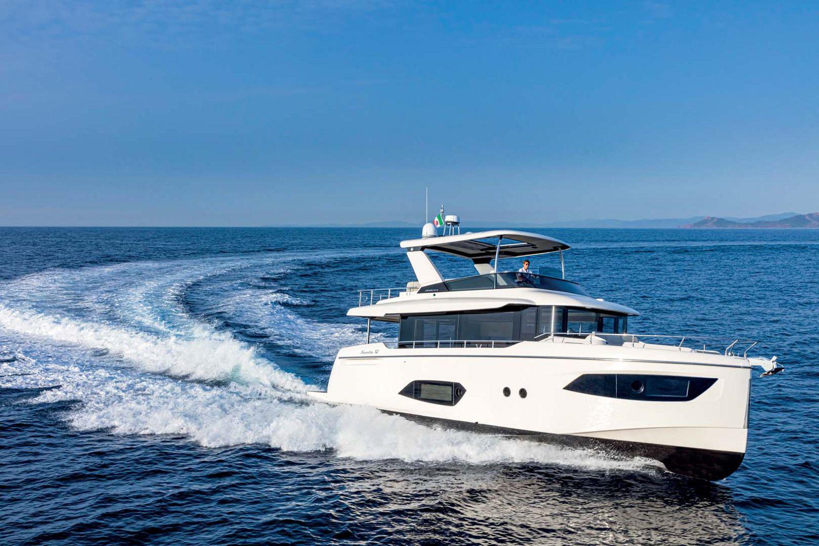 Absolute Navetta 52 Yacht