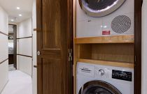 Viking Yachts 68C Washer Dryer