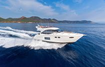 Princess Yachts F49 White Hull Running