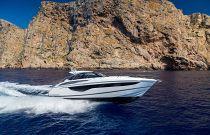 Princess Yachts V40 Running Image
