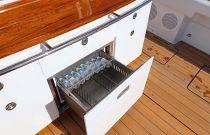HCB 53 Suenos Cockpit Refrigerator
