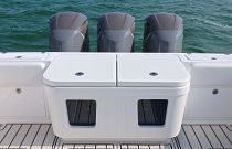 HCB 39 Center Console Transom livewells