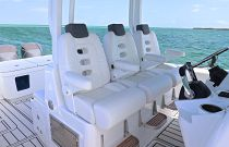 Hydra-sports 39 Triple Row Helm Chairs