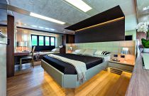 Absolute Yachts 72 Flybridge Large Master Stateroom