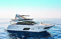 Absolute Yachts 72 Flybridge Idle Image Starboard