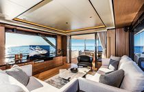 Absolute 73 Navetta Salon Large Windows TV