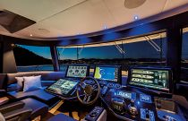 73 Navetta Command Center Helm