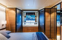 Absolute 73 Navetta  Master Stateroom