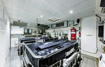 Absolute 73 Navetta Engine Room
