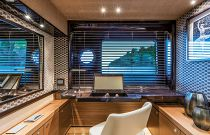 Absolute 73 Navetta Desk Office