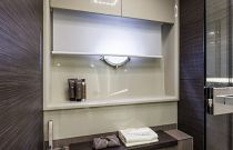Absolute Yachts 64 Flybridge Stall Shower