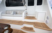 Viking Yachts 68 Convertible electric salon entry door