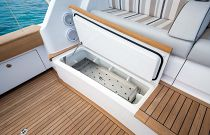 Viking Yachts 68 Convertible Baitwell Freezer