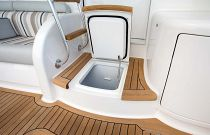 Viking Yachts 68C Step Box Cooler