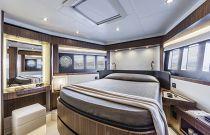 Absolute 58 Navetta VIP Cabin