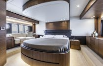 Absolute 58 Navetta Master Stateroom