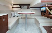 Cruisers Yachts 38 Express