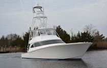 Viking Yachts 62 Convertible Bow
