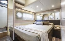 Absolute Yachts 58 Cabin Electric Sliding Bunk