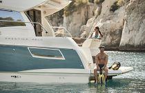 Prestige Yachts 460S Hydraulic Swim Platform 2