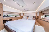 Prestige Yachts 460S VIP Stateroom