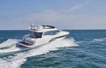 Prestige Yachts 590 Aerial Run