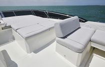 Prestige Yachts 590 Flybridge