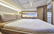 Prestige Yachts 590 Queen Bed