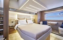 Prestige Yachts 590 Master Stateroom