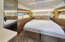 Prestige Yachts 590 Scissor Berth Cabin