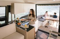 Prestige Yachts 460 FLY Stwell Salon Sliding Entry Doors