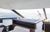 Prestige Yachts 520 FLY Salon TV