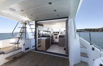 Prestige Yachts 520 FLY Salon Entry Sliding Doors