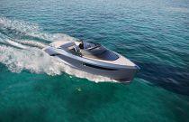 Princess R35 Grey Hull Running